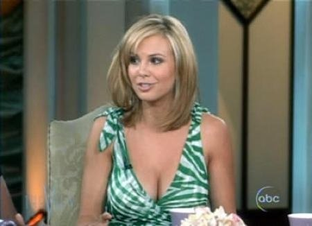 Elisabeth Hasselbeck Legs YouTube http://bobbyadan.blogspot.com/2009/10/mighty-nipple-gate-of-elizabeth.html
